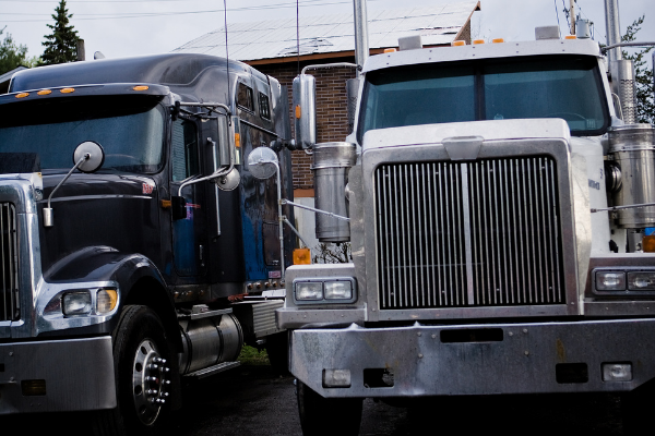 4 Signs it's Time for a Larger Work Truck